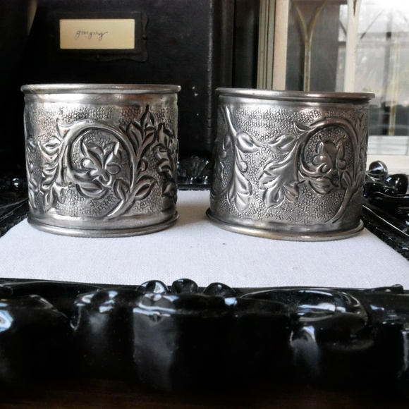 Unknown Jewelry - Pair of Silver Metal Cuff Bracelets